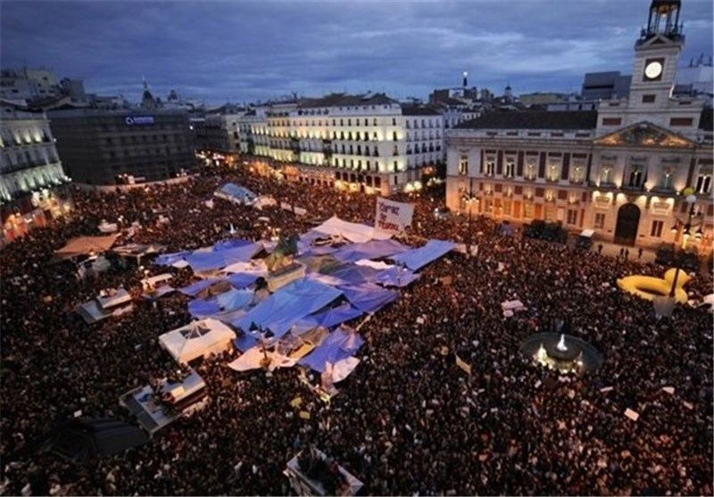 Crowds Gather in Spain on 5th Anniversary of Occupy Protest
