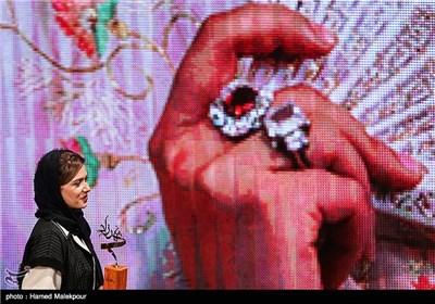 تقدیر از پریناز ایزدیار در جشن پایان سریال شهرزاد