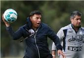 مظلومی:کیروش قهرمانی در آسیا را به فوتبال ایران بدهکار است/ وضعیت استقلال نگرانکننده نیست