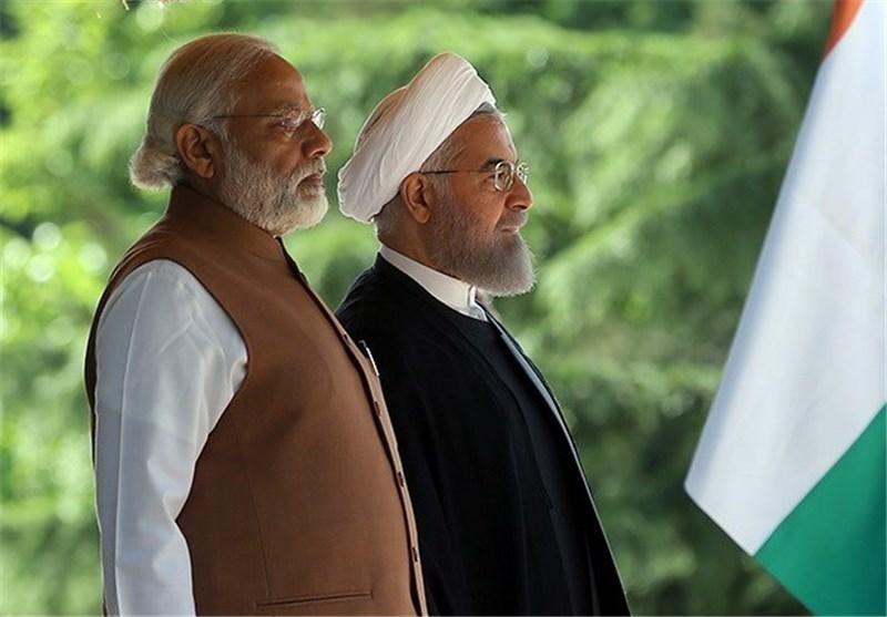 استقبال رسمی روحانی از نخستوزیر هند