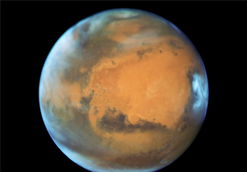 Mars May Have Porous Crust