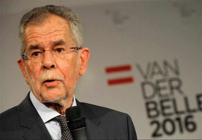 نقض محدودیتهای ضد کرونا از طرف رئیس جمهور اتریش