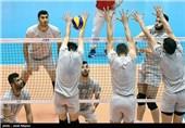تمرین ملیپوشان والیبال ایران در سالن 12 هزار نفری آزادی