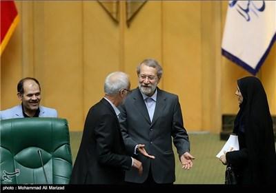 علی لاریجانی رئیسا مؤقتا لمجلس الشورى الإسلامی
