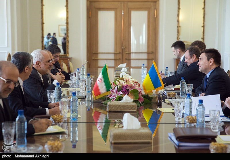 گفتگو پاولو کلیمکین وزیر امور خارجه اوکراین با محمد جواد ظریف وزیر امور خارجه ایران