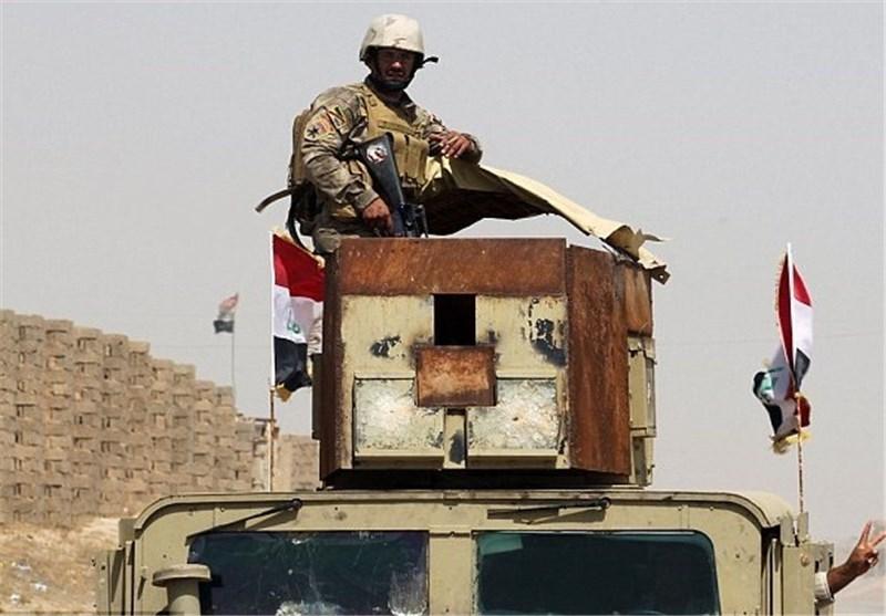 القوات العراقیة تحرر قائممقامیة الفلوجة وترفع العلم العراقی فوقها