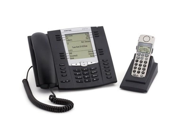 تولید گوشی تلفن تحت شبکه در ایران کلید خورد