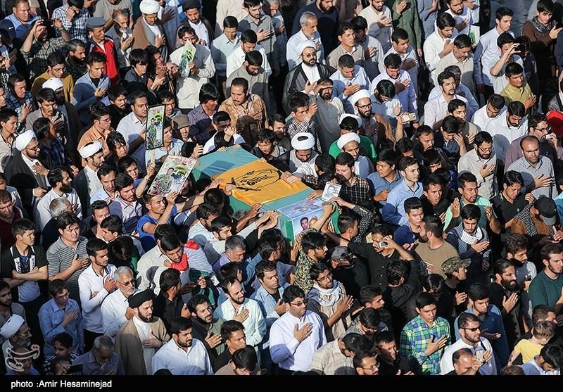 مراسم تشییع پیکر دو شهید مدافع حرم در قم