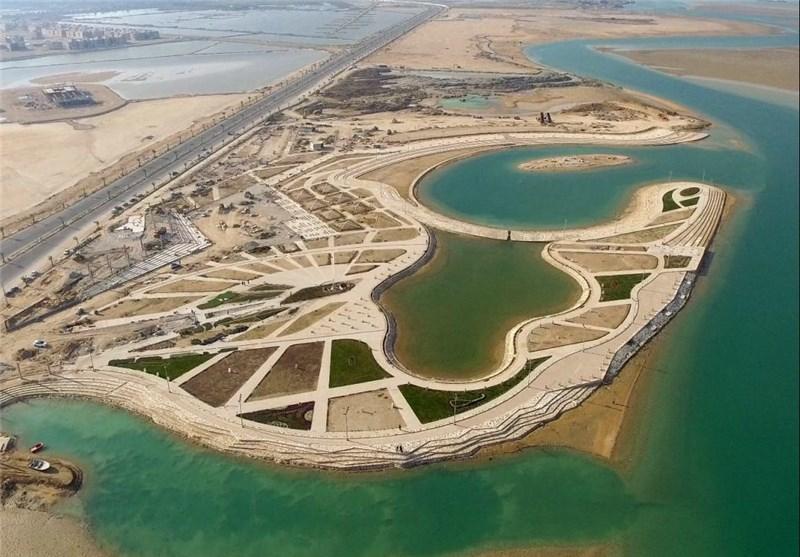 محور توسعه استان بوشهر بر اساس طرحهای ساحلی و دریایی است