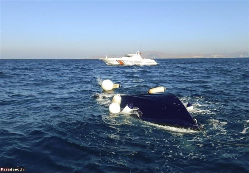 واژگونی قایق