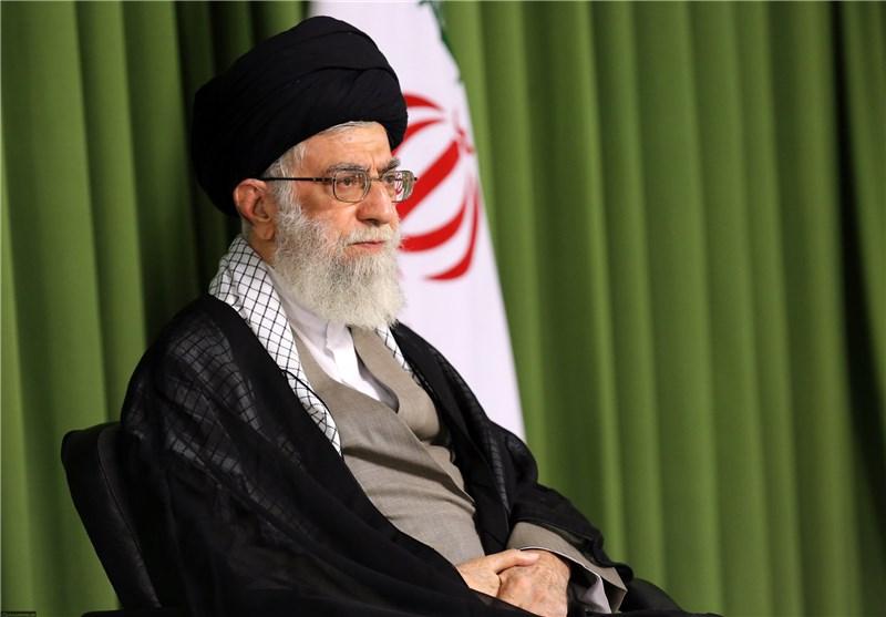 بدء کلمة قائد الثورة الإسلامیة فی مرقد الإمام الخمینی الطاهر