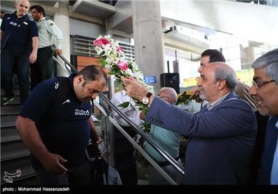 استقبال المنتخب الوطنی للکرة الطائرة