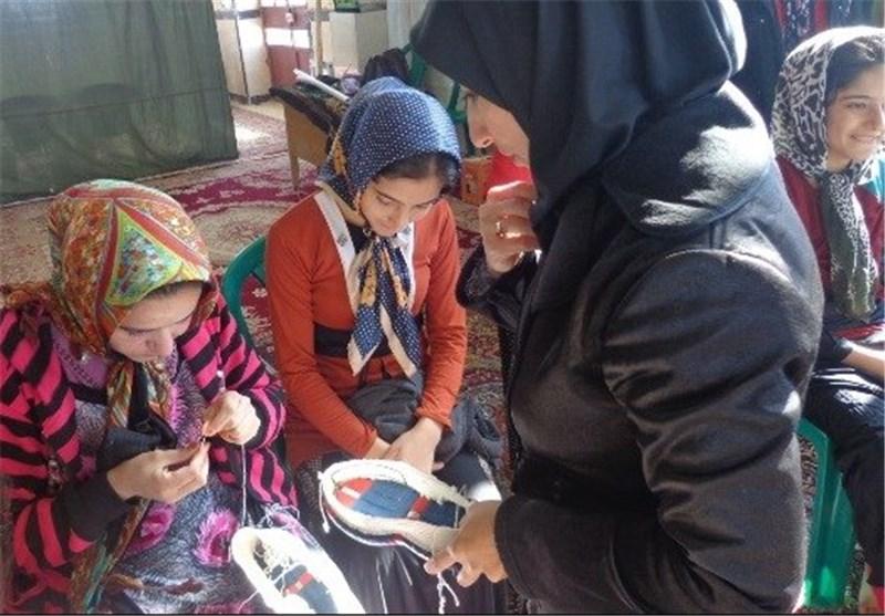 آموزش روستائیان