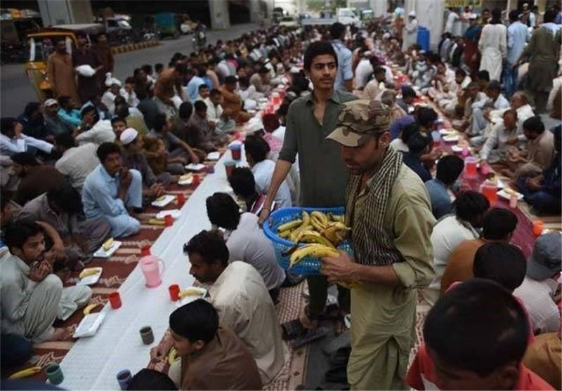 افطار در پاکستان1