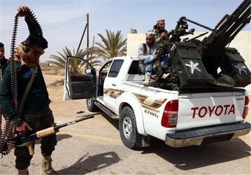 لیبیا: الدواعش یبدأون بحلق لحاهم استعداداً للهرب عبر البحر