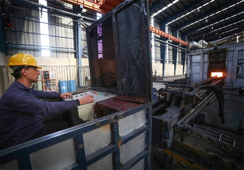 دومینوی تعطیلی صنایع لرستان به دورود رسید/مرثیهای برای فولاد و چدن دورود؛ کارخانهای در آستانه تعطیلی