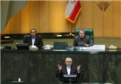 Iran's Zarif Attends Parliament to Brief MPs on JCPOA