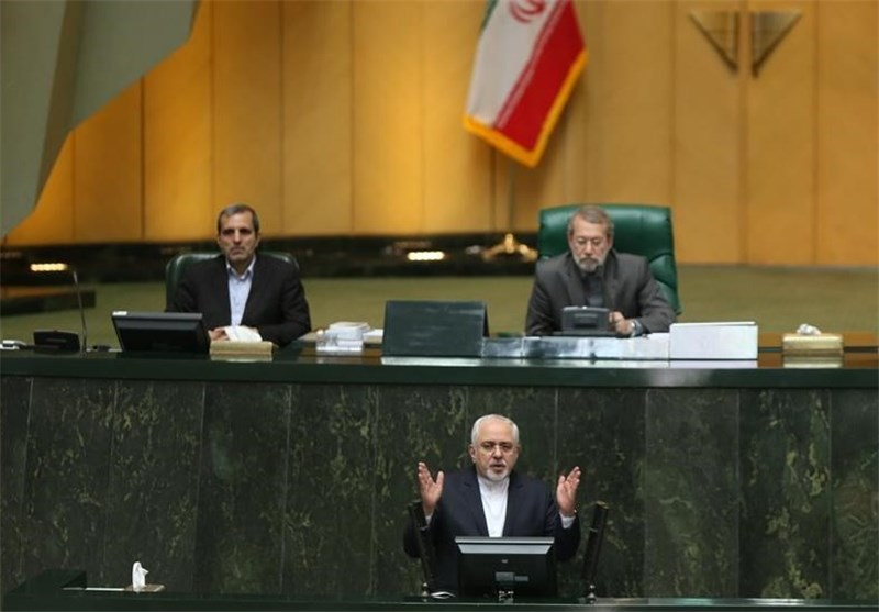 Iran's Zarif Attends Parliament to Brief MPs on JCPOA