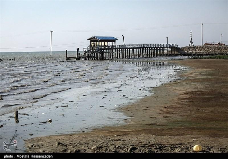 ترازسنج آب دریای خزر در خلیج گرگان نصب میشود
