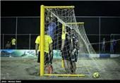 دیدار فوتبال ساحلی یاران مبارکه و بندرگز - اصفهان