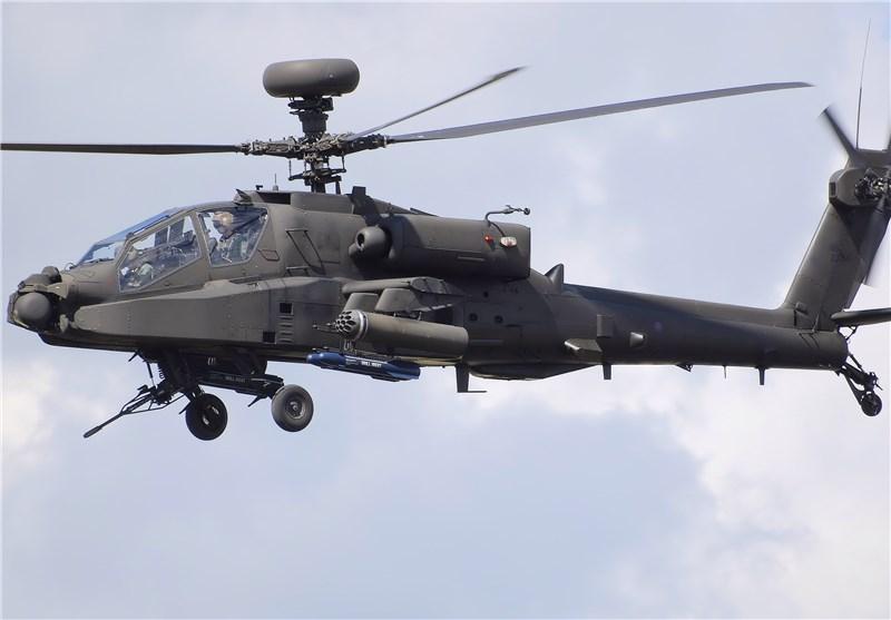 انگلیس بالگردهای آپاچی در مرز روسیه مستقر کرد