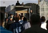 Siyonist Rejim Filistinlilerin Mescidu'l Aksa'ya Girişine Engel Oluyor