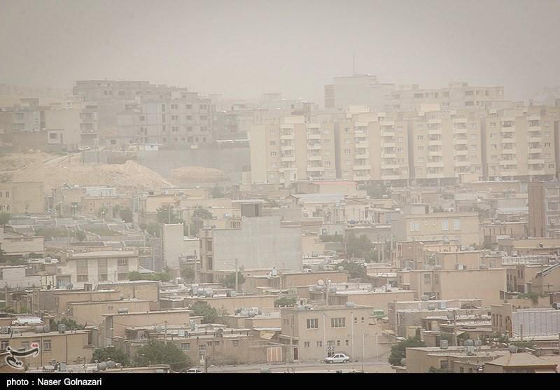 ورود توده گرد و خاک به هوای استان ایلام/ کاهش دید افقی در ایلام و دهلران به 100 متر