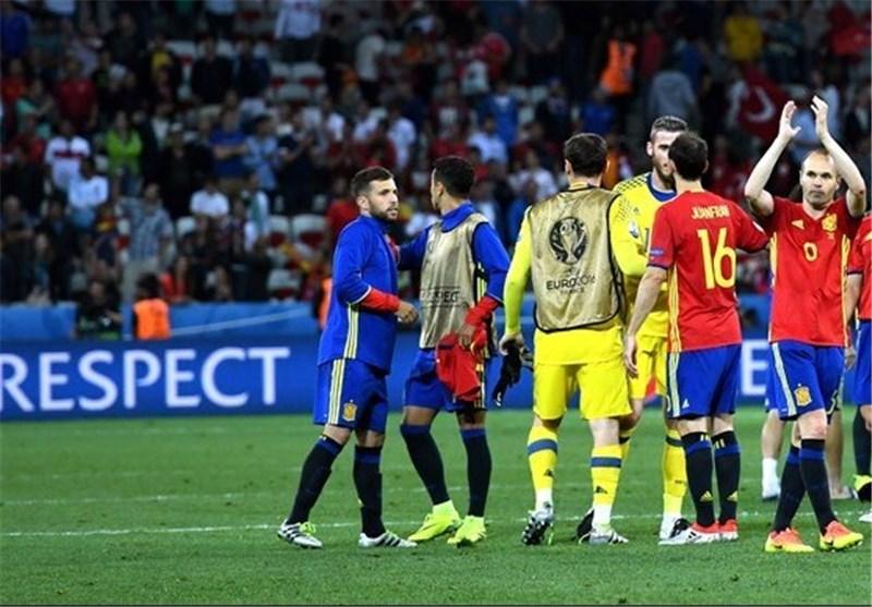 اینیستا بهترین بازیکن بازی اسپانیا و ترکیه شد
