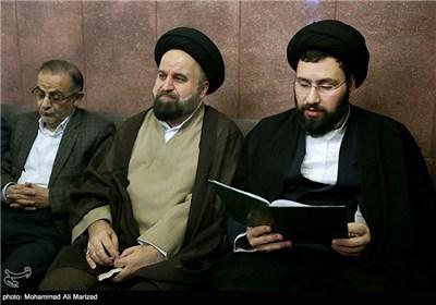 حضور حجت الاسلام سید علی خمینی و حجت الاسلام میرلوحی در مراسم بزرگداشت حمید سبزواری
