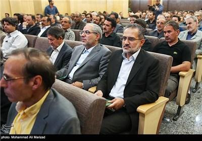 حضور سید محمد حسینی در مراسم بزرگداشت حمید سبزواری