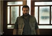 ظاهر متفاوت کامبیز دیرباز در فیلمی با موضوع فتنه 88+عکس