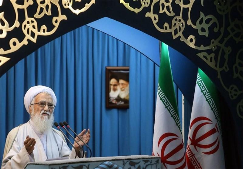 خطیب جمعة طهران: یوم القدس هو یوم وحدة الأمة الاسلامیة