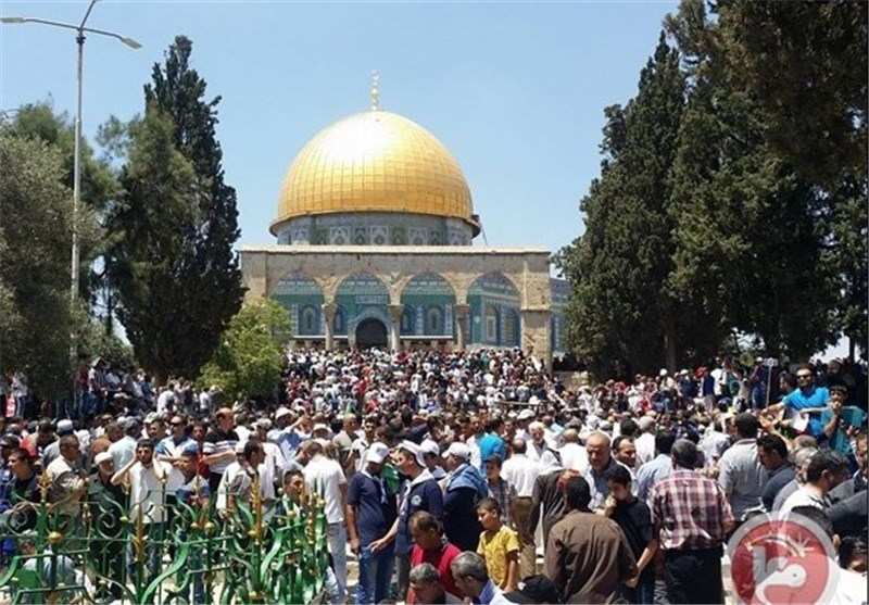 Hamas Asks Palestinians to Stage Sit-In at Al-Aqsa Mosque