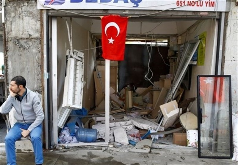 Five Wounded in Bomb Attack on Police in Turkey's Southeast: Sources