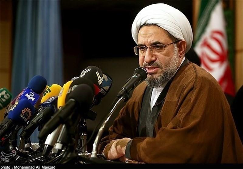آیتالله اراکی: اجلاس وحدت اسلامی آغازی بر پیروزی جبهه یمن و فلسطین است