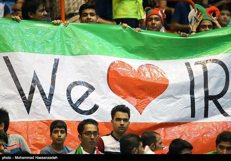 139504120030249998051074 - پیروزی شاگردان لوزانو با شور ایرانی و وزیر خوشقدم/ ضربِ شست ایران چشم صربها را درآورد!