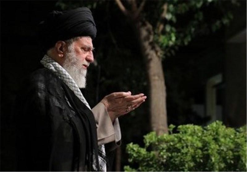 الإمام الخامنئی سیصلی على جثمان آیة الله هاشمی رفسنجانی