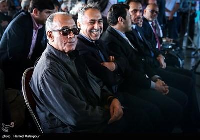 وفاة المخرج الإیرانی الشهیر عباس کیارستمی