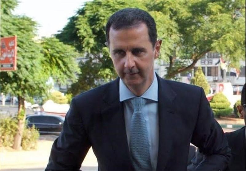 بشار اسد نماز عید قربان را در «داریا» به جا آورد + عکس