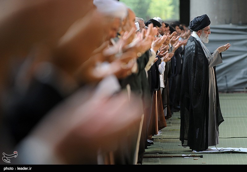 Ayatollah Khamenei to Lead Ritual Prayers at Ex-President's Funeral