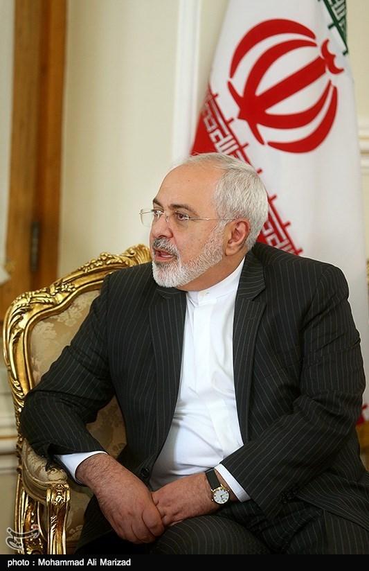 ظریف یفند مزاعم الاسوشیتدبرس حول وجود وثیقة سریة بین ایران ومجموعة1+5
