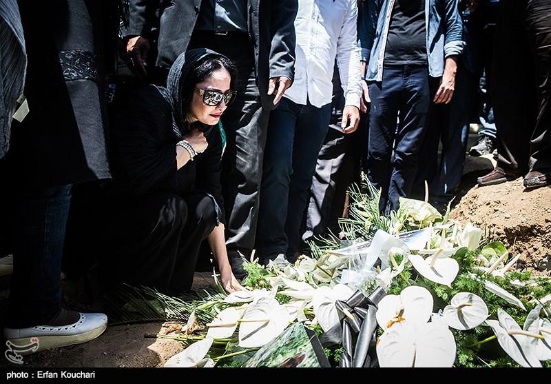 مراسم تشییع و خاکسپاری پیکر مرحوم عباس کیارستمی