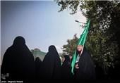 توصیههای زن تازهمسلمان فرانسوی به بانوان: نباید فکر کنیم حجاب را به اجبار میپوشیم + فیلم