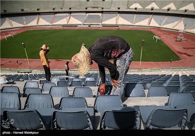 نصب 42 الف کرسي في ملعب آزادی