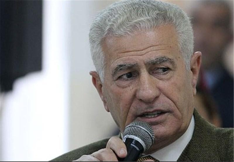عباس زکی: إیران لیست عدواً لکن الجبناء من العرب یخترعون هذا العداء