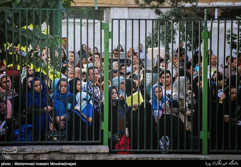 غلبه تهرانیها در میان نفرات برتر کنکور/ عمده نفرات برگزیده در مدارس دولتی خاص تحصیل میکنند