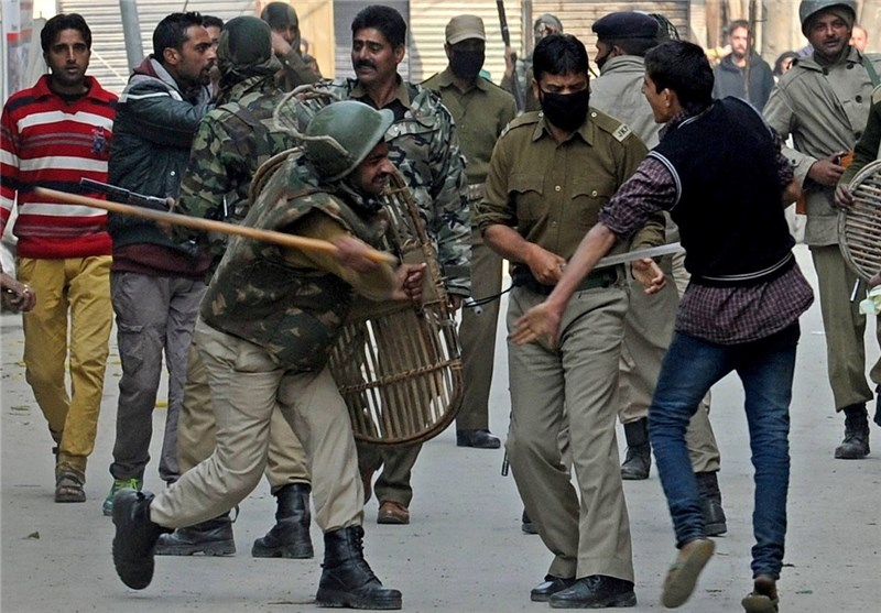 Indian Kashmir Protests Flare, 3 Killed as Army Opens Fire