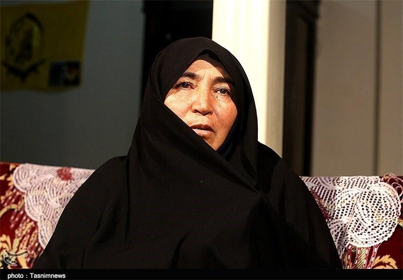 مادر سید حکیم
