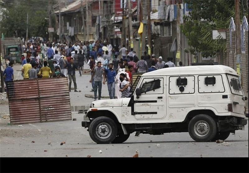 Keşmir'de Ölü Sayısı 90'a Ulaştı