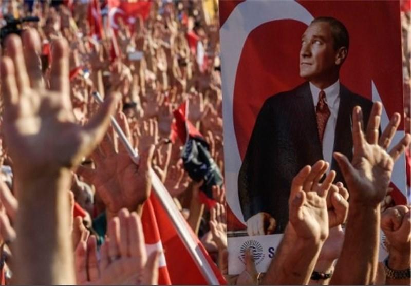 الأتراک فی إسطنبول: لا للانقلاب ولا للدیکتاتوریة